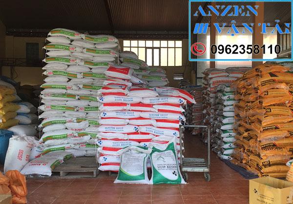Vận chuyển thức ăn chăn nuôi đi Tây Ninh