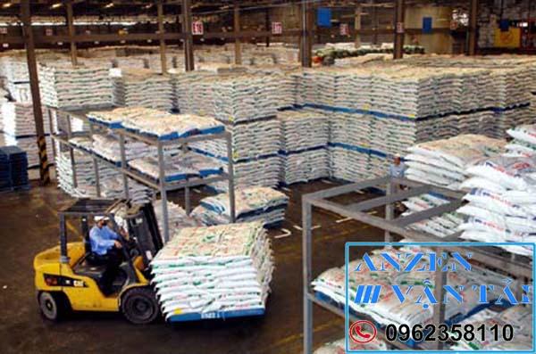 Vận chuyển thức ăn chăn nuôi đi Bình Phước